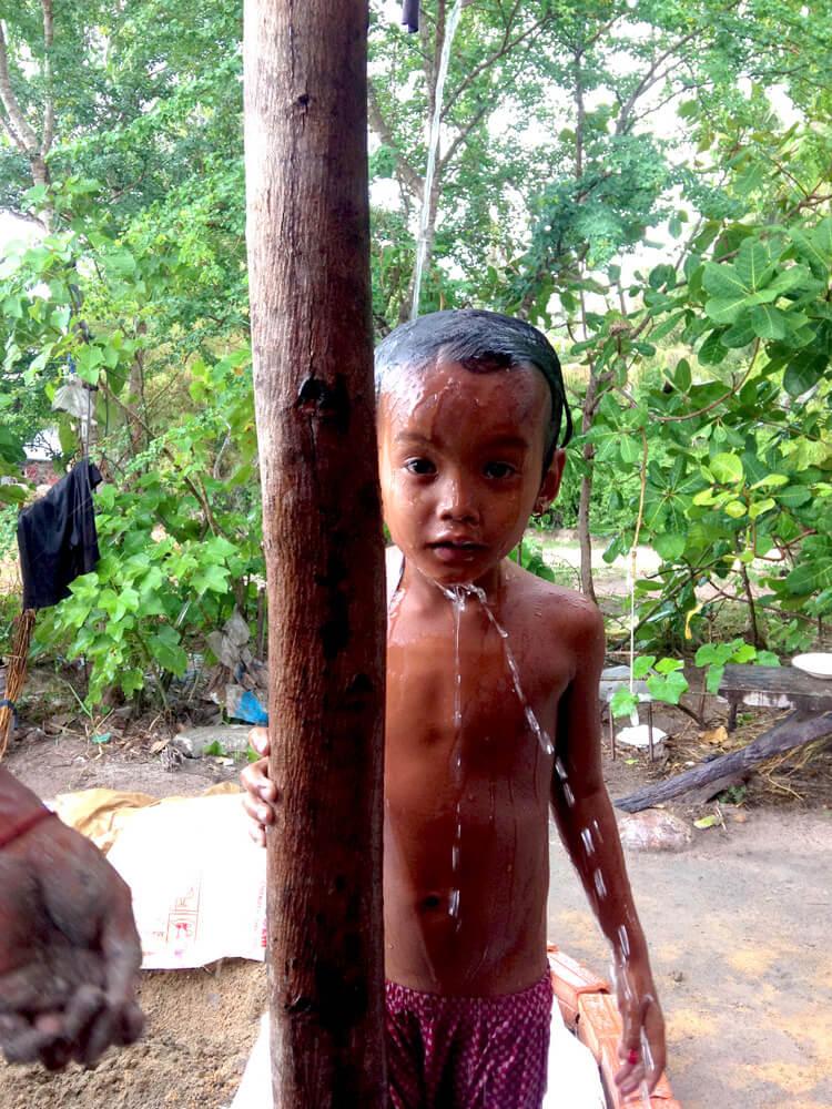 Gipsyhearts_Cambodia_little-khmer-girl_marco-gagliano (1)