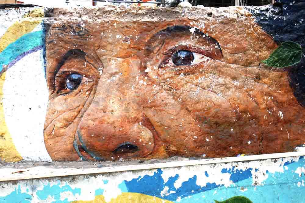 Gipsyhearts_lima-barranco-woman-eyes